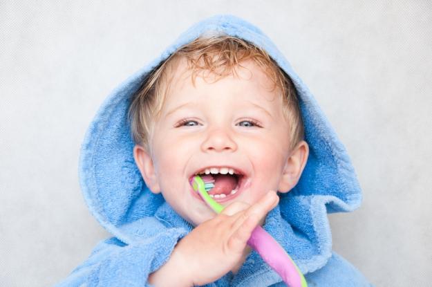 Toddler-Brushing